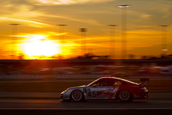 #45 Flying Lizard Motorsports with Wright Motorsports Porsche GT3: Jorg Bergmeister, Patrick Long, Seth Neiman, Mike Rockenfeller