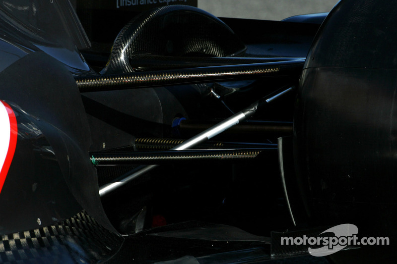 Technical detail, rear suspension - Sauber C31 Ferrari Launch