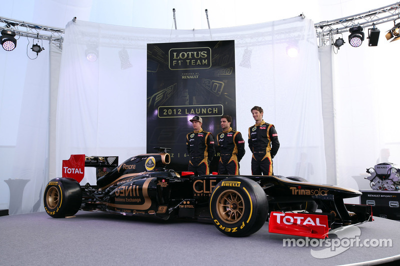 Kimi Raikkonen, Lotus Renault F1 Team with Jérôme d'Ambrosio,  Lotus Renault F1 Team and Romain Grosjean, Lotus Renault F1 Team