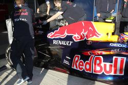 Mark Webber, Red Bull Racing rear wing