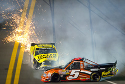 Paulie Harraka, Wauters Motorsport Ford and Jason Leffler, Kyle Busch Motorsports Toyota crash