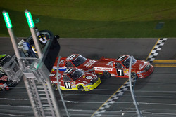 Restart: John King, Red Horse Racing Toyota leads the field