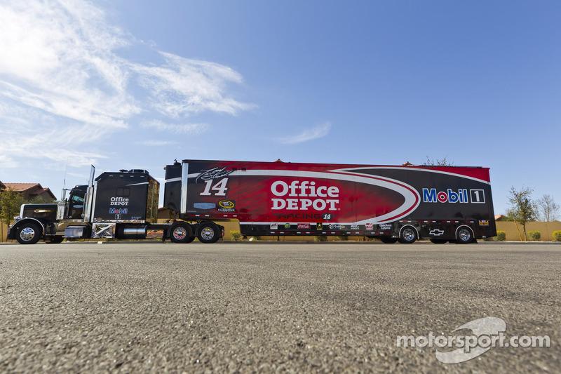 The hauler of Tony Stewart, Stewart-Haas Racing Chevrolet