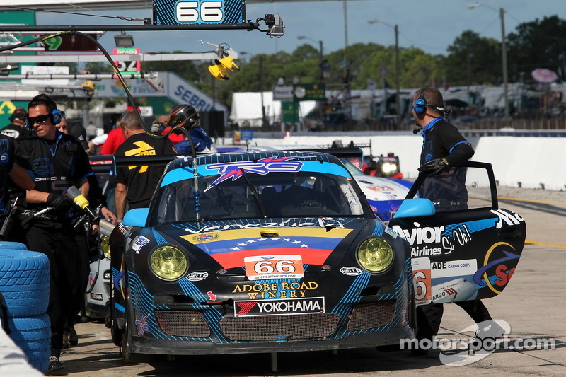 #66 TRG Porsche 911 GT3 Cup: Spencer Pumpelly, Emilio Di Guida, Marc Bunting