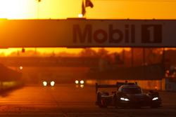 №55 Mazda Motorsports Mazda DPi: Джонатан Бомарито, Тристан Нуньес, Спенсер Пигот