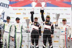 Rick Parfitt Jr., Seb Morris, Team Parker Racing Bentley Continental GT3 and Duncan Cameron, Matt Griffin Spirit of Race Ferrari 488