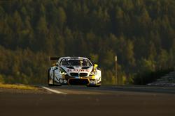№98 Rowe Racing, BMW M6 GT3: Маркус Палталла, Ники Катсбург, Ричард Уэстбрук, Александр Симс, Максим Мартен, Марк Бассенг