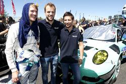 #44 Team Falken Motorsport, Porsche 991 GT3-R: Martin Ragginger, Dirk Werner, Laurens Vanthoor