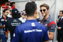 Romain Grosjean, Haas F1 Team, Pascal Wehrlein, Sauber