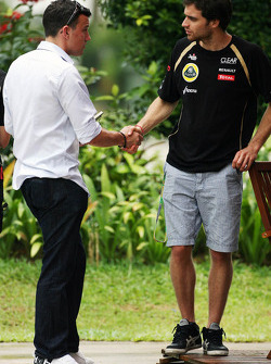 Will Buxton, Speed TV Presenter with Jérôme d'Ambrosio, Lotus Third Driver