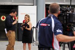 Ted Kravitz, Sky Sports Pitlane Reporter and Georgie Thompson, Sky Sports F1 Presenter