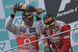 Podium: champagne for all