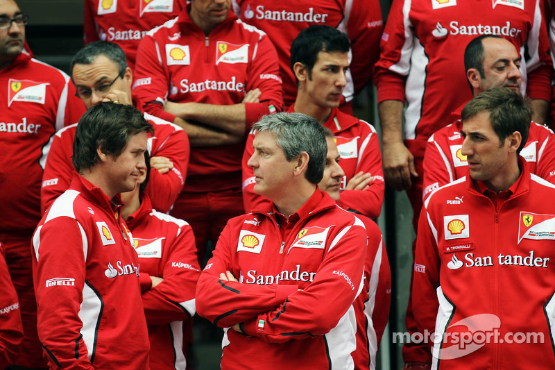 Rob Smedley, Scuderia Ferrari Race Engineer, teamfoto