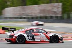 #40 Sainteloc Racing Audi R8 LMS: ultra: Gregory Guilvert, David Halliday, Jerome Demay