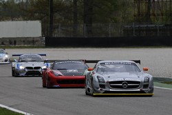 #19 Black Falcon Mercedes-Benz SLS AMG GT3:  Riccardo Brutschin, Oliver Murley, Jerome Thiry