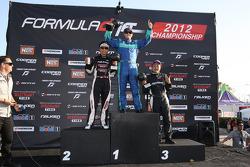 Podium: winnaar Justin Pawlak, 2de Daijiro Yoshihara en 3de Daigo Saito