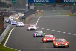 Lap 2 under yellow: #6 Lexus Tean LeMans Eneos Lexus SC430: Daisuke Ito, Kazuya Oshima leads the field back to the track
