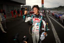 GT300 winner Nobuteru Taniguchi