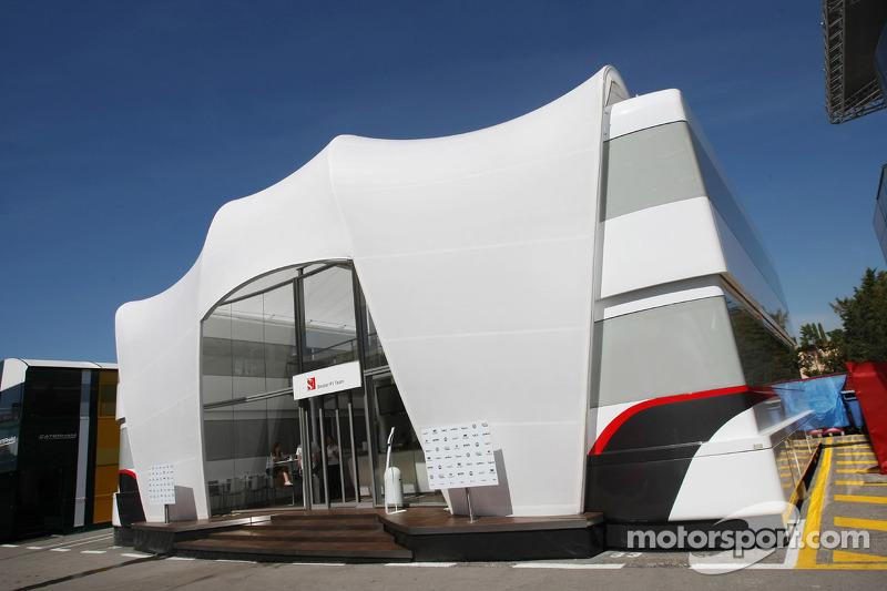 Sauber F1 Team F1 Team motorhome