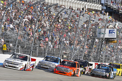 T.J. Bell, Niece Motorsports, Chevrolet; Grant Enfinger, ThorSport Racing, Toyota