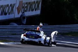 Maxime Martin, BMW Team RBM, BMW M4 DTM detenido en pista