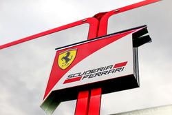 Ferrari Logo / badge