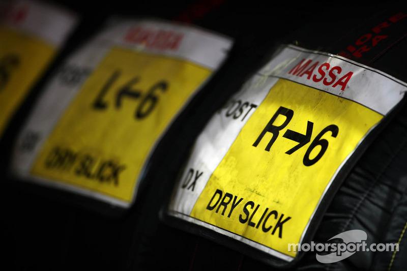 Tyre covers for Felipe Massa, Scuderia Ferrari