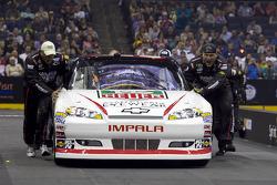 Phoenix Racing crew