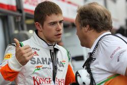 Paul di Resta, Sahara Force India with Robert Fearnley, Sahara Force India F1 Team Deputy Team Principal