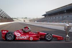 Winners photoshoot: the 2012 Indy 500 winning car of Dario Franchitti, Target Chip Ganassi Racing Honda