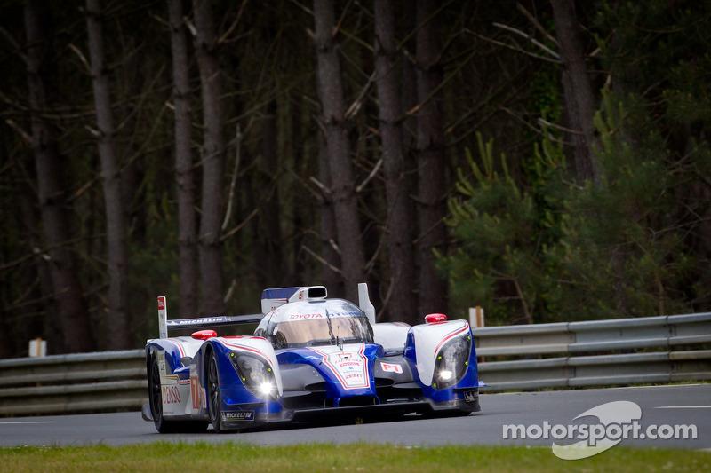 #7 Toyota Racing Toyota TS 030 - Hybrid: Alexander Wurz, Nicolas Lapierre, Kazuki Nakajima