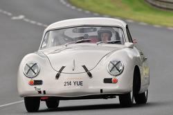 #17 Porsche 356: Juan Pablo Orjuela, Carolina Orjuela Cortes, Santiago Orjuela Cortes