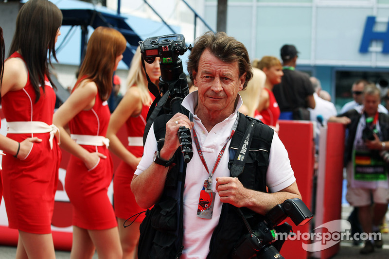Crispin Thruston, Photographer on the drivers parade