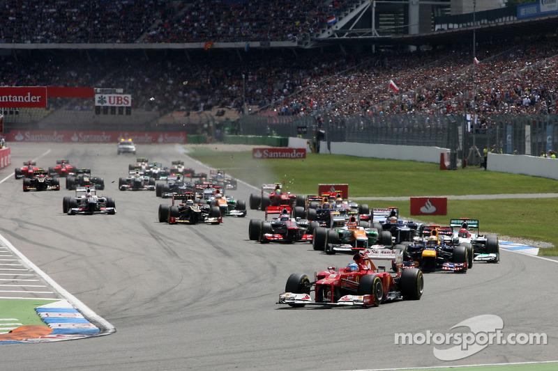 Start of the race, Fernando Alonso, Scuderia Ferrari