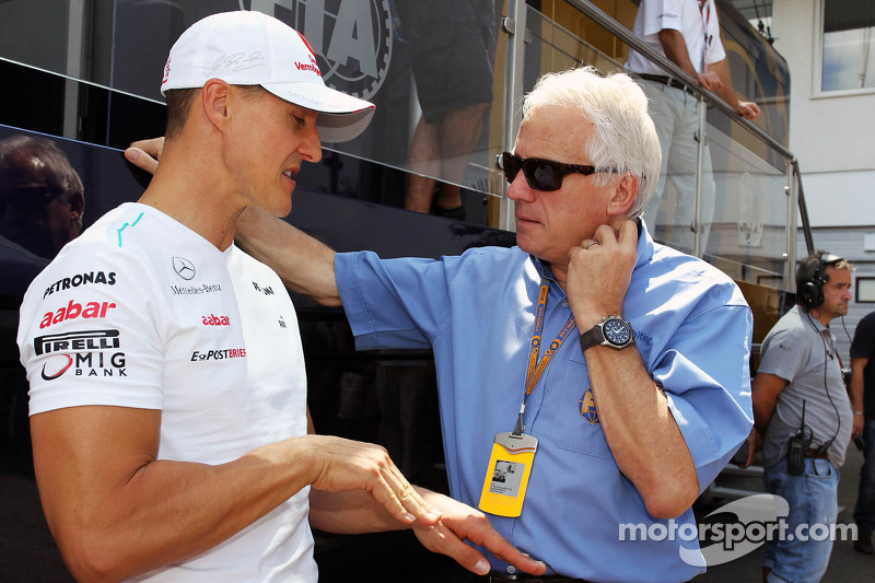 Charlie Whiting Gallery: Michael Schumacher, Mercedes AMG F1 With Charlie Whiting