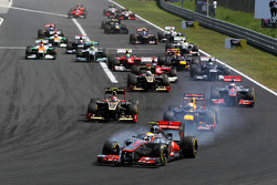 Lewis Hamilton, McLaren leads at the start of the race