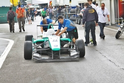 Carlin lining up Jaafar's car