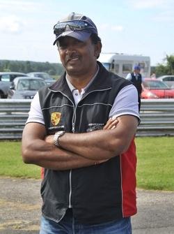 Duvashen Padayachee's father