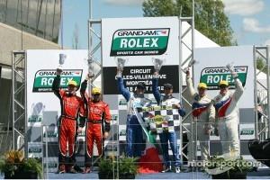 Podium: race winners Scott Pruett and Memo Rojas, second place Jon Fogarty, Alex Gurney, third place Paul Tracy, David Donohue