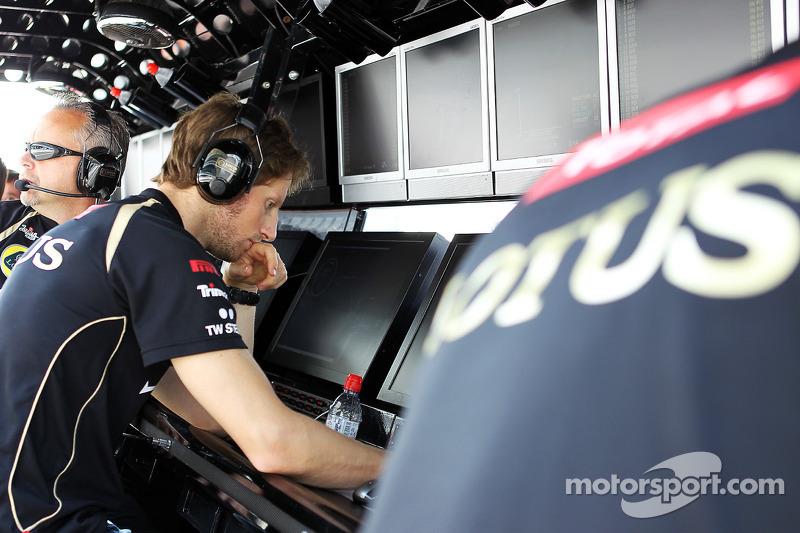 Romain Grosjean, Lotus F1 Team, zit schorsing uit