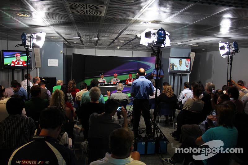 Press conference: race winner Lewis Hamilton, McLaren Mercedes, second place place Sergio Perez, Sauber F1 Team, third place Fernando Alonso, Scuderia Ferrari