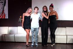 Антониу Феликс да Кошта. Монца, вечеринка после завершения сезона.