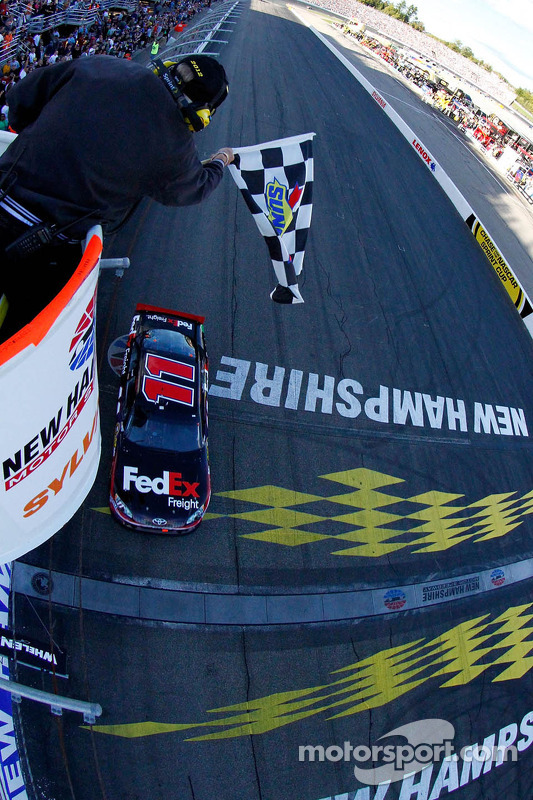 Denny Hamlin, Joe Gibbs Racing Toyota takes the win