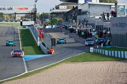 #38 All-Inkl.com Munnich Motorsport Mercedes-Benz SLS AMG GT3:Marc Basseng, Markus Winkelhock #17 BMW Team Vita4one BMW Z4 GT3: Mathias Lauda, Nicolaus Mayr-Melnhof #18 BMW Team Vita4one BMW Z4 GT3: Michael Bartels, Yelmer Buurman