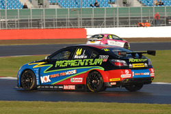 Andy Neate, MG KX Momentum Racing
