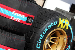 Pirelli tyres for Kimi Raikkonen, Lotus F1 Team