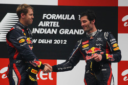 1ste plaats Sebastian Vettel, Red Bull Racing en 3de plaats Mark Webber, Red Bull Racing