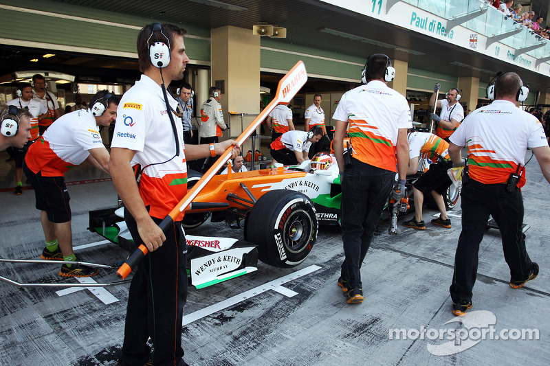 Jules Bianchi, Sahara Force India F1 Team derde rijder in de pits
