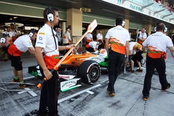 Jules Bianchi, Sahara Force India F1 Team Third Driver in the pits