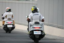 Nico Rosberg, Mercedes GP and Narain Karthikeyan, HRT Formula One Team